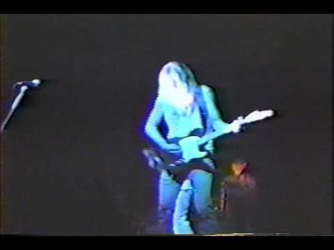 Mother Love Bone - Chloe Dancer / Crown Of Thorns - Live 1989