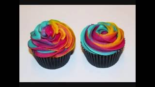 How to Make Rainbow Cupcakes - Tutorial for How to Pipe Rainbow Frosting / Buttercream