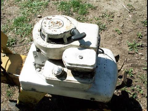 HOW TO ADJUST The Points on 3.5 HP BRIGGS & STRATTON Engine