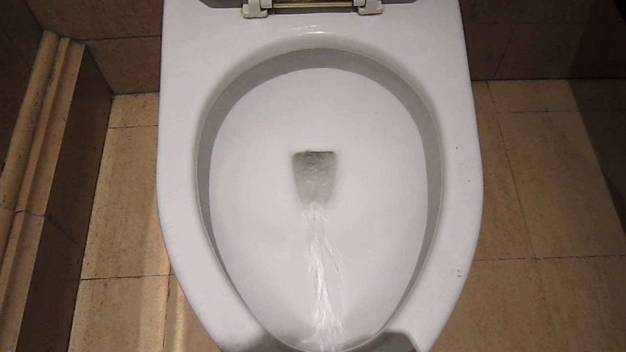 Powerful TOTO toilet flush @ Venetian Macau - YouTube