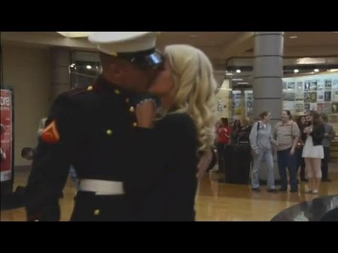 US Marine Surprises Girlfriend Then Propose Her