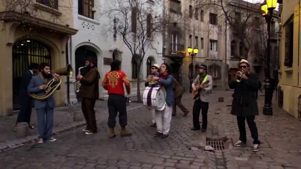 La sasasa por las calles paris londres de santiago de for Calles de santiago de chile