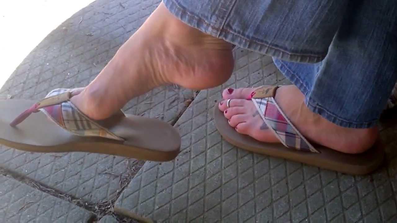 Dangling flip flops