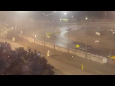 The bud nationals at the Bakersfield speedway 40 laps part 2
