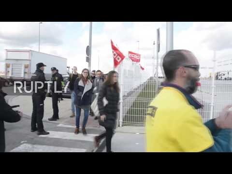 Spain: Striking Amazon workers near Madrid say no to Black Friday