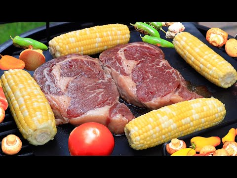 MEAT with VEGETABLES COOKED ON OKLAHOMA JOES BRONCO SMOKER. ENG SUB.