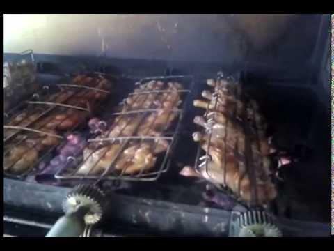 Pollos asados al carbon a la vuenta vuelta youtube - Parrillas para asar ...