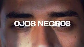 Смотреть клип Paula Cendejas, Girl Ultra - Ojos Negros