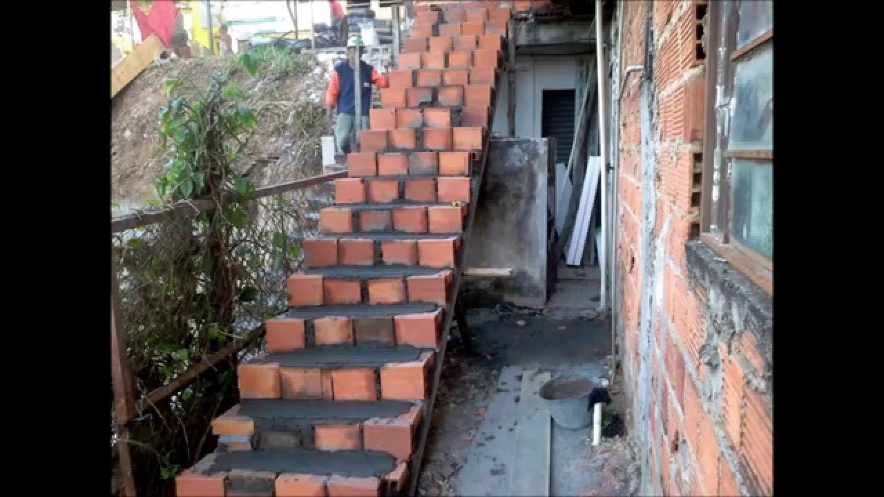 Escada Simples Com Sobra De Material De Construção Cavalcante
