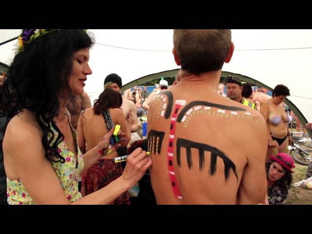 Doodlecats bodypainters at Brighton Naked Bike Ride 2015