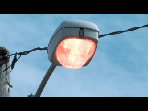 Cleveland street lights: thousands burn throughout the day, costing taxpayers