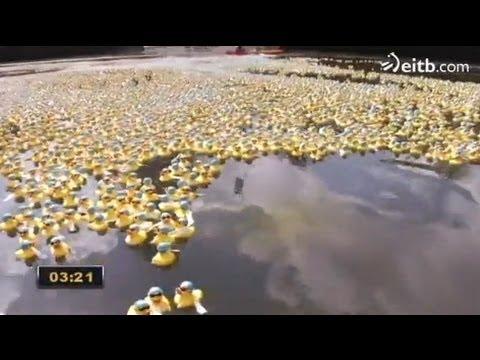 WOP 2014, carrrera de 50.000 patitos de goma en Bilbao
