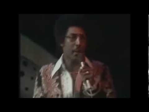 Tavares-  El cielo esta extrañando un angel.  Live. 70s. Music.