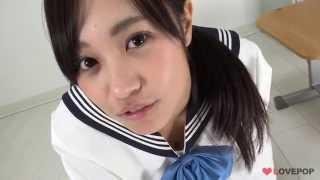 【4Kグラビア】浅野えみちゃん!セーラー服で四つん這いチラチラ【高画質】 thumbnail