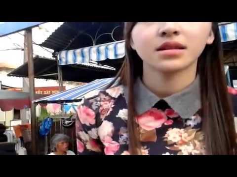 Cô gái bán bánh tráng trộn Đà Lạt. Gây xôn xao cộng đồng mạng với vẻ đẹp tự nhiên