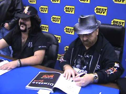 DIMEBAG DARRELL'S DAD (JERRY )AND VINNIE PAUL AT BOOK SIGNING IN DALLAS TEXAS
