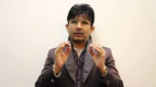 Kis Kisko Pyaar Karu Review by KRK | KRK Live | Bollywood