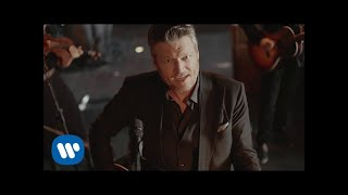 Blake Shelton - I'll Name The Dogs (Official Music Video)