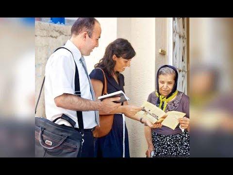 Testigo de Jehova se Convierte a Católico con el Padre Luis Toro desde Ecuador