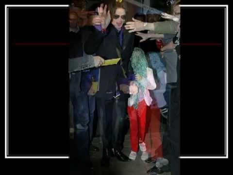 Paris Jackson wearing a mask *19982009*
