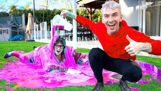 TESTING 100 LAYERS CHALLENGE PRANK on MYSTERY NEIGHBOR!! (Covered in Slime)