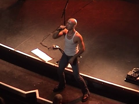 Live - 2004-12-07 Perth, Australia