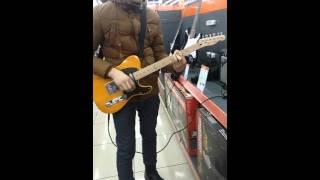 Запах клубники на гитаре Еркебулан Аптаев