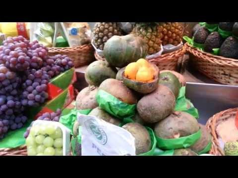 Tropical fruits in Mercadao of Sao Paulo Brazil - Video 2