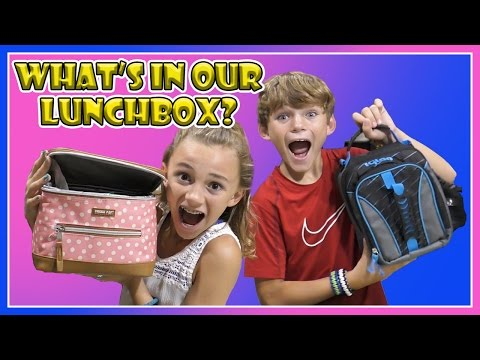 WHAT'S IN OUR LUNCHBOX? | We Are The Davises