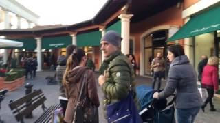 видео Шопинг в Римини - торговые центры и лучшие аутлеты