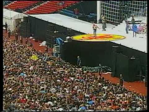 Rod Stewart-Live in Hampden Park-Part1