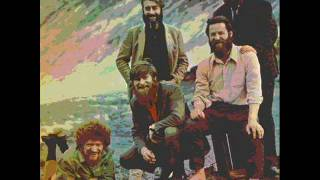 Watch Dubliners Net Hauling Song video
