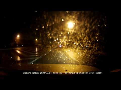 CARSCAM ADR938  夜間高速公路 有雨