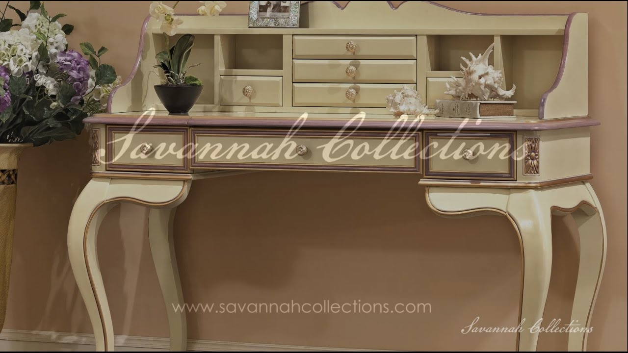 Italian Furniture Vanity Table By Savannah Collections   Bernetti Fine  Furniture