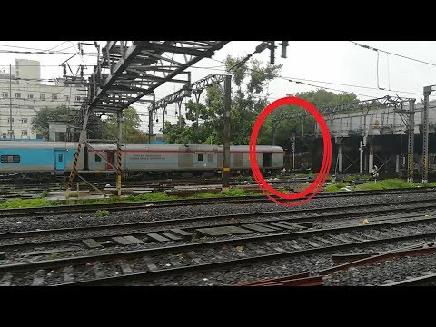 Where's The Engine? Reverse Shunting, Loco Parade, Parallel Arrival!! Indian Railways!!