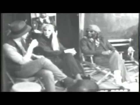 George Clinton talks about Parliament-Funkadelic Egg Tour 1980