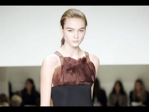VERA WANG Fall 2009/2010 New York - Fashion Channel