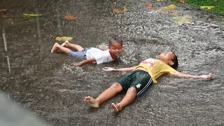 Tik Tik Bunyi Hujan ♡ Lagu Anak Indonesia Terpopuler ♡ Main hujan hujanan