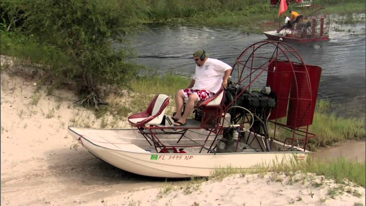 Airboats go over hill mov