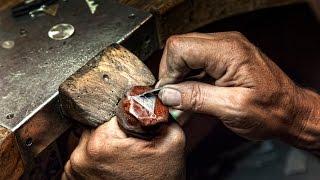 Artesanos de Fuerteventura - Orfebre de plata   Valentin Conde