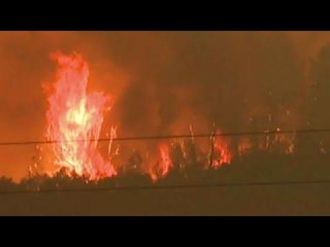 Massive fire threatens power supply in Yosemite