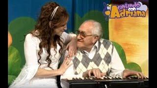 UN SUEÑO LINDO (canción de cuna) - Cantando con Adriana -  canciones infantiles