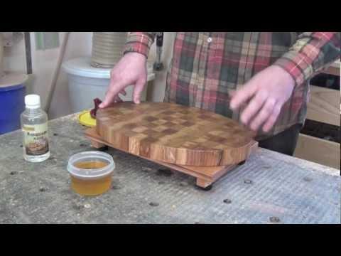 Вопрос: Как ухаживать за деревянной разделочной доской?