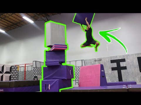 MY FIRST DOUBLE BACKFLIP AND GIANT TOWER AT WORLDS BEST TRAMPOLINE PARK (TEMPEST)