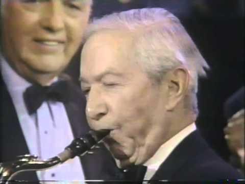Bob Crosby, 1983 TV Hit Medley