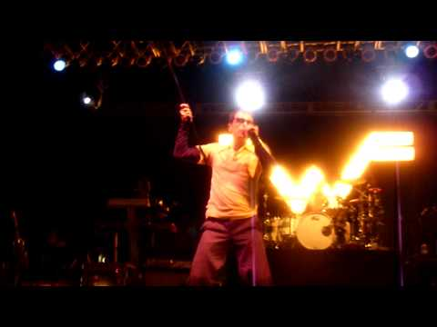 Weezer- Buddy Holly Live In HD @ Del Mar Race Track 2010