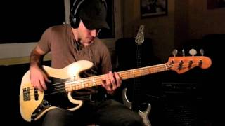 RHCP - Dani California [Bass Cover by Miki Santamaria]