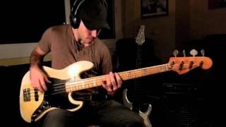 RHCP - Dani California [Bass Cover by Miki Santamaria]