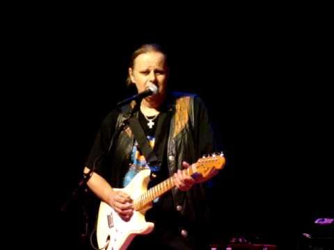 Walter Trout - Catfish Blues - April 23, 2010