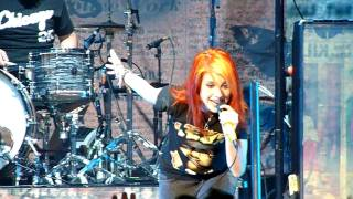 Paramore - Pressure Live In Chicago (07-11-09) BEST QUALITY ON YOUTUBE!!!
